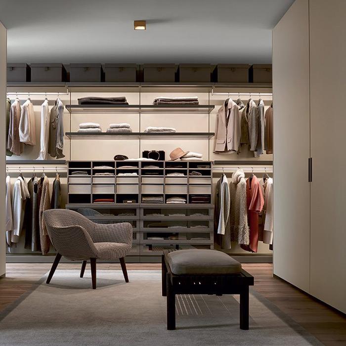 Showroom high end modern closet design poliform - Poliform showroom ...